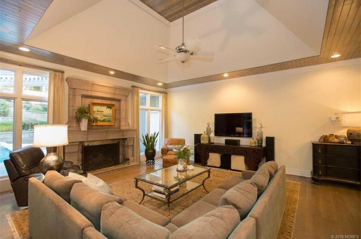 Tulsa Mansion  | 11415 South Sandusky Avenue Tulsa, OK 74137 27