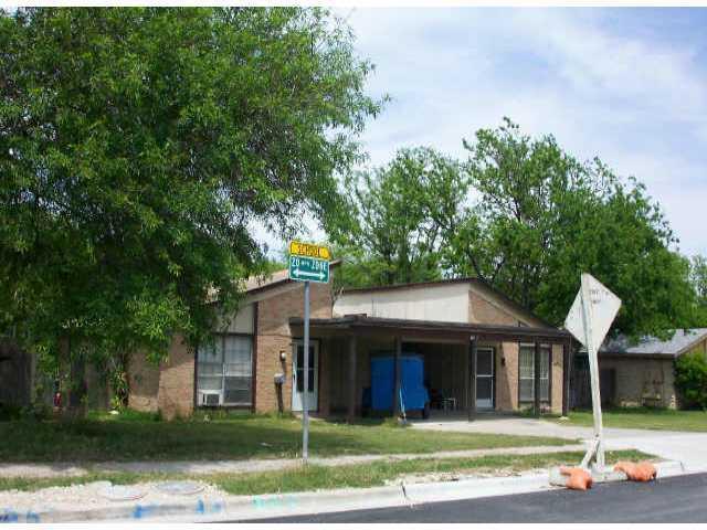 Leased   909 Ken Street #A Austin,  78758 0