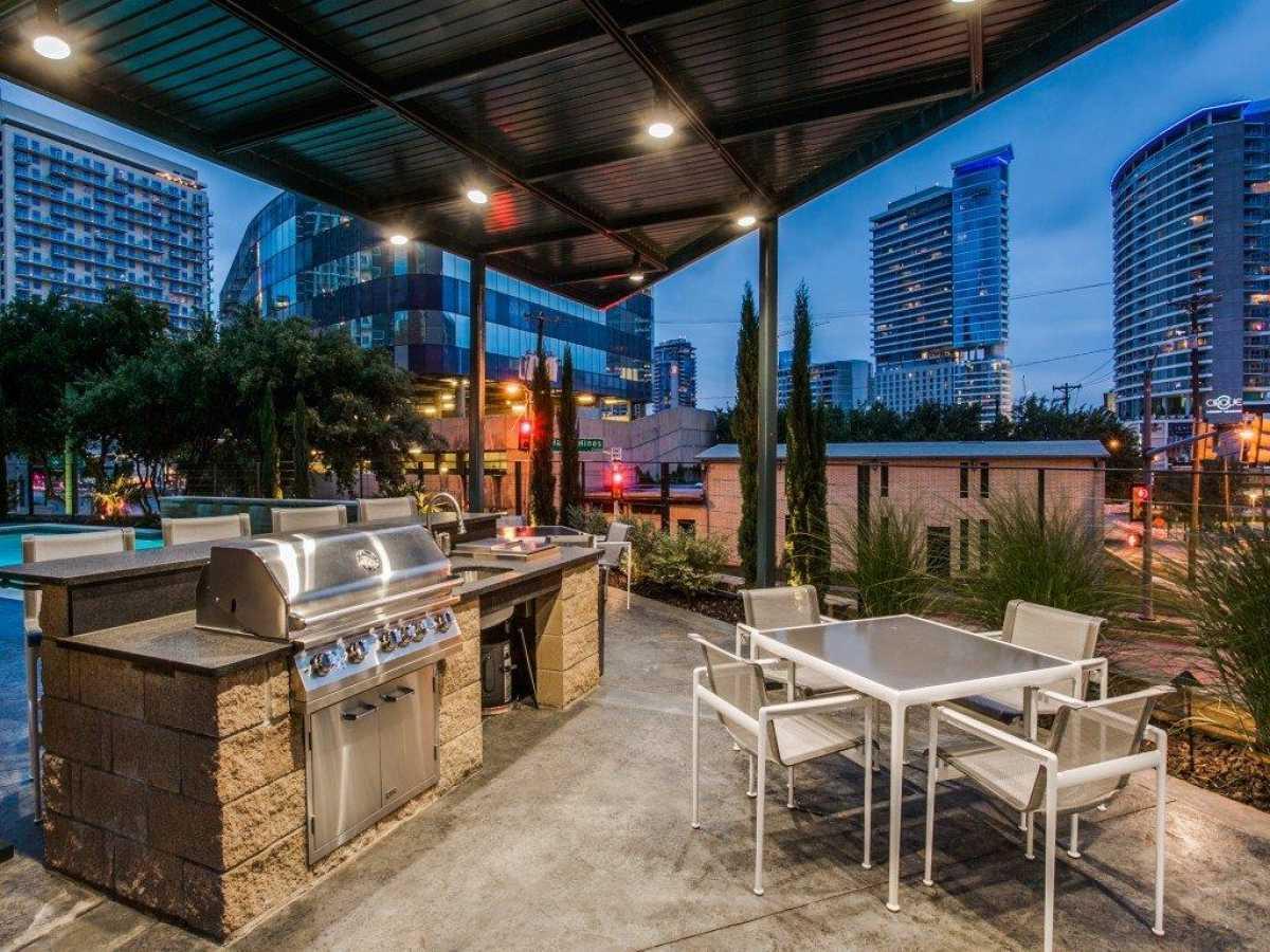 Luxury condo for sale | 2011 Cedar Springs Road #502 Dallas, TX 75201 25