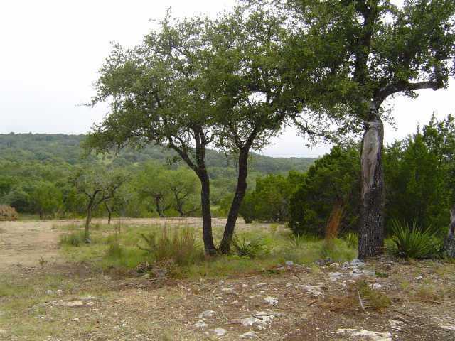 Sold Property | 16 Rancho Cielo CT Lago Vista, TX 78645 4