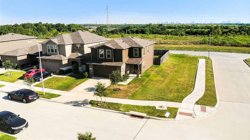 Active | 2531 Skyview Silver  Drive Houston, TX 77047 1