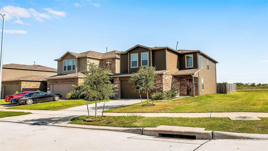 Active | 2531 Skyview Silver  Drive Houston, TX 77047 12