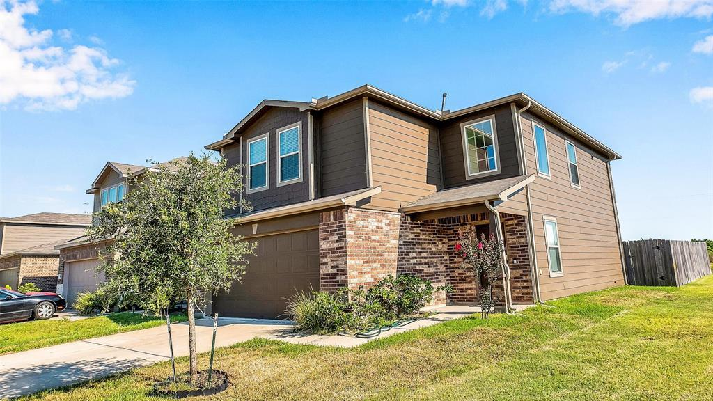 Active | 2531 Skyview Silver  Drive Houston, TX 77047 15