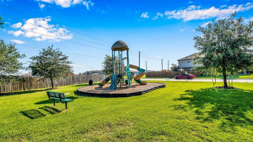Active | 2531 Skyview Silver  Drive Houston, TX 77047 19