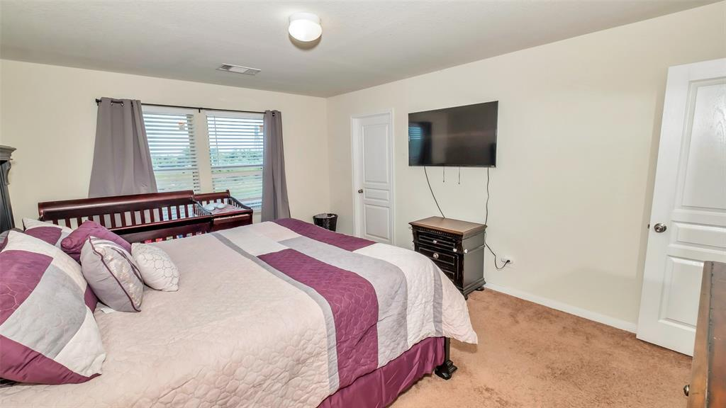 Active | 2531 Skyview Silver  Drive Houston, TX 77047 43