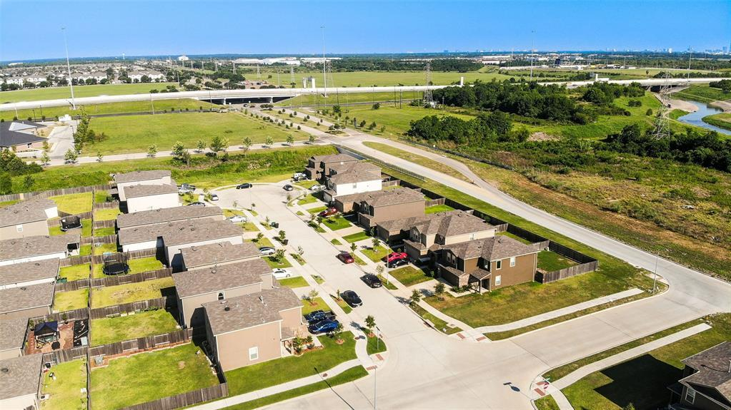 Active | 2531 Skyview Silver  Drive Houston, TX 77047 5