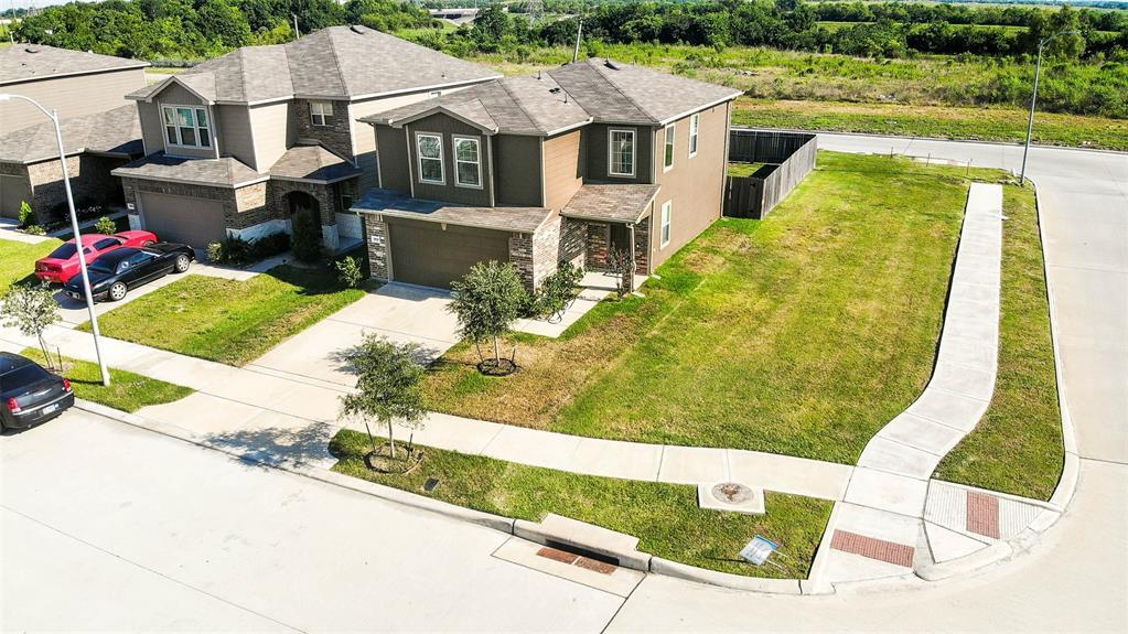 Active | 2531 Skyview Silver  Drive Houston, TX 77047 9
