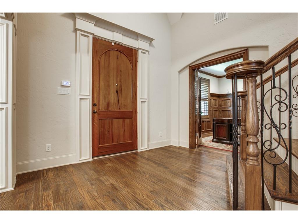 Sold Property | 7238 Casa Loma Avenue Dallas, TX 75214 2