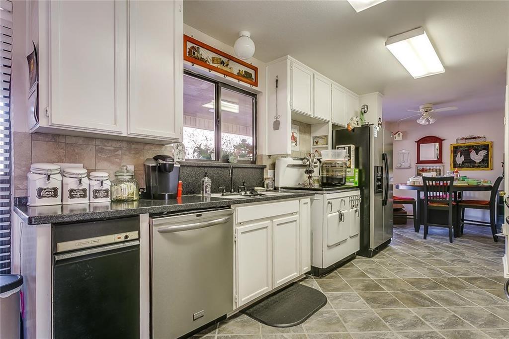 Sold Property | 409 Copper Head Lane Alvarado, Texas 76009 25