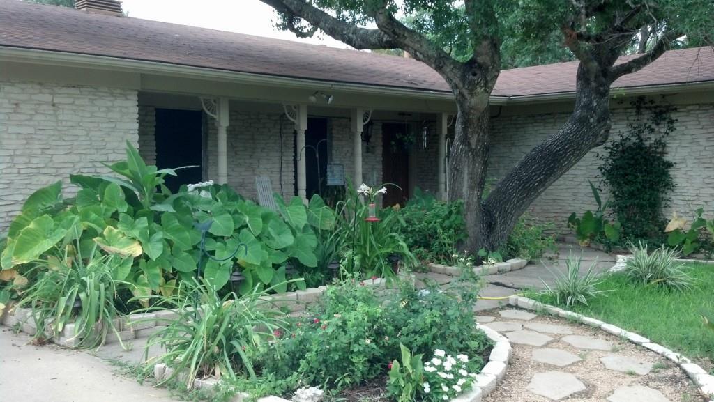 Closed | 11707 Hilltop Street Austin, TX 78753 1