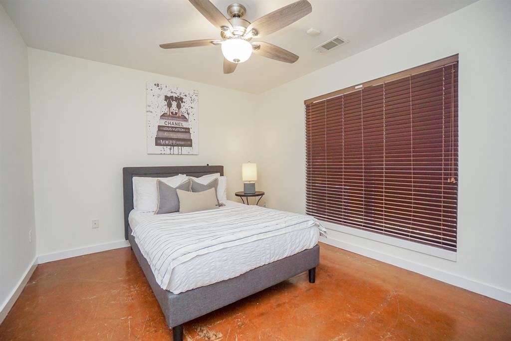 Active   2605 Calumet  Street #35 Houston, TX 77004 6