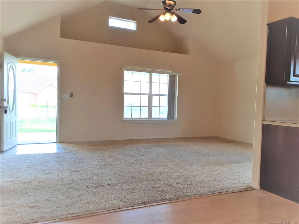 Sold Property | 328 Tribute Trail Chouteau, OK 74337 2