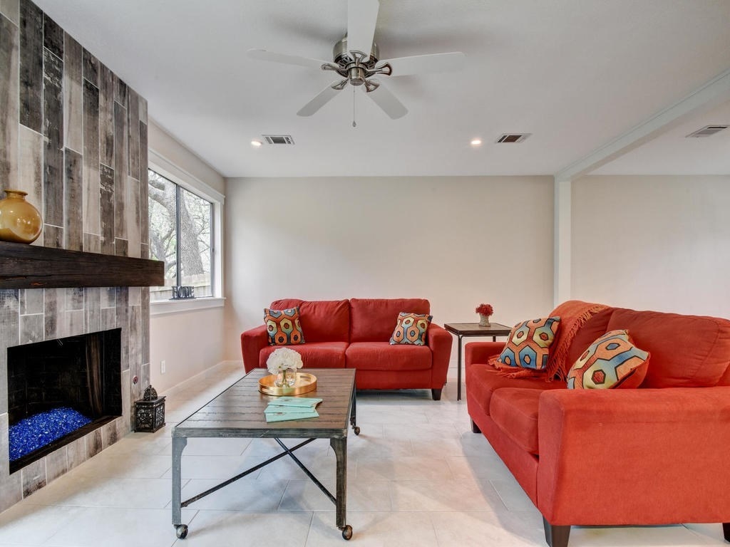 Closed | 6728 Lost Valley Austin, TX 78745 11