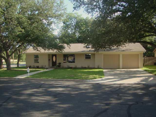 Sold Property | 2901 Pinecrest Drive Austin, TX 78757 0