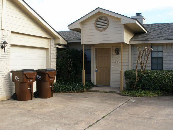 Closed | 9721 Copper Creek Drive #B Austin, TX 78729 0