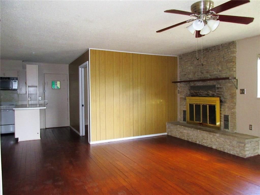 Leased | 10700 W Lakeview Drive Jonestown, TX 78645 1