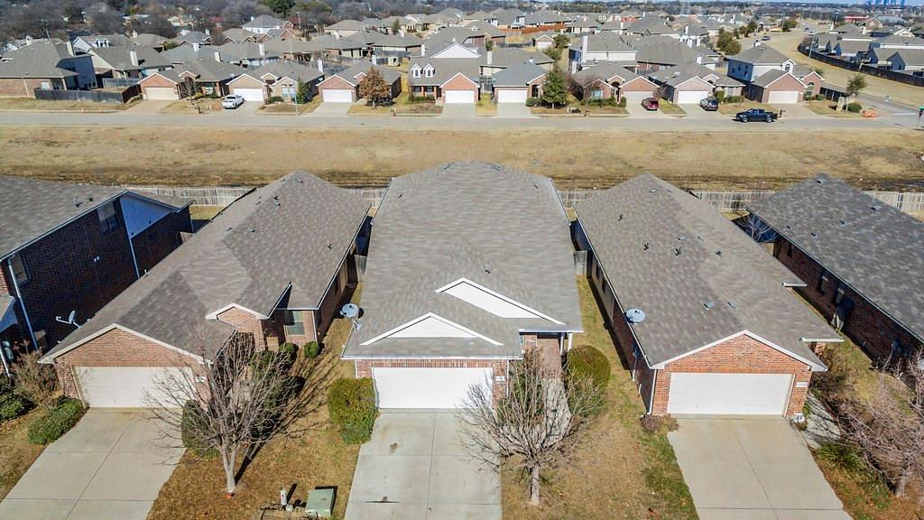 Sold Property | 1116 Kielder Circle Fort Worth, Texas 76134 1