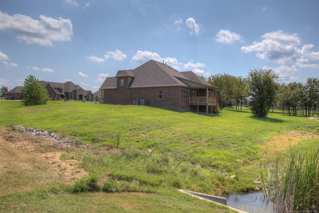 Active | 8724 N 66th East Avenue Owasso, OK 74055 4