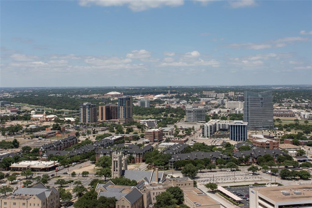 Active | 500 Throckmorton Street #2607 Fort Worth, Texas 76102 14