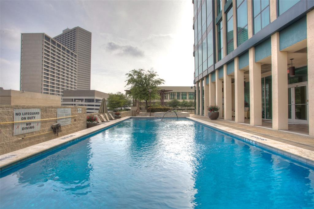 Active | 500 Throckmorton Street #2607 Fort Worth, Texas 76102 26