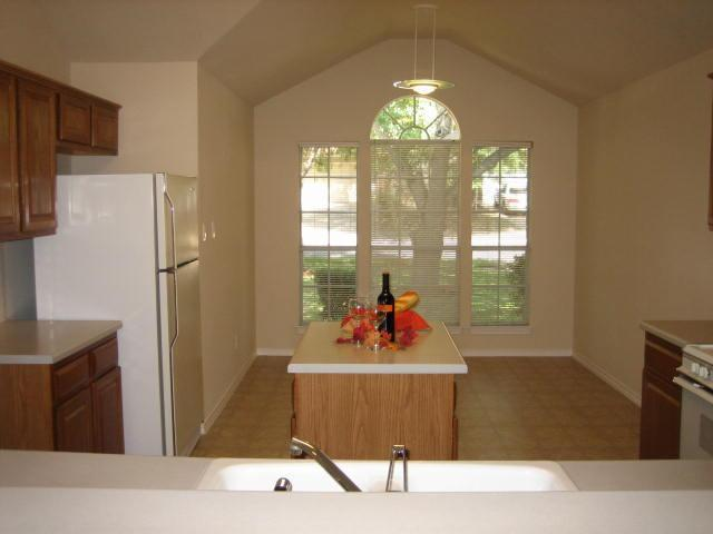 Sold Property | 1109 Blue Fox Drive Austin, TX 78753 5