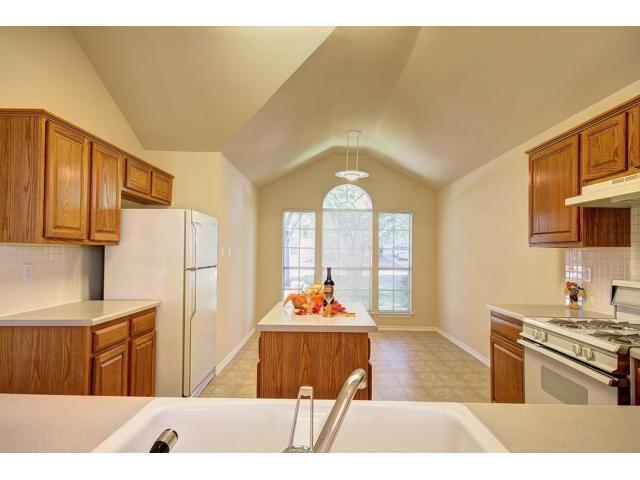 Sold Property | 1109 Blue Fox Drive Austin, TX 78753 6