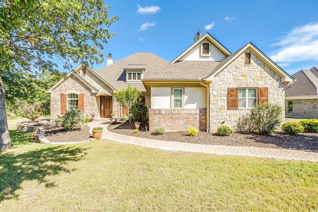Active   586 S Sugartree  Drive Lipan, TX 76462 1
