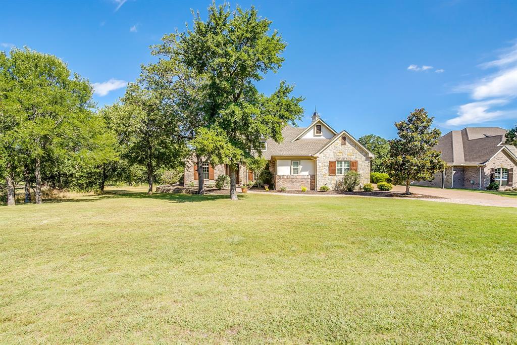 Active   586 S Sugartree  Drive Lipan, TX 76462 6