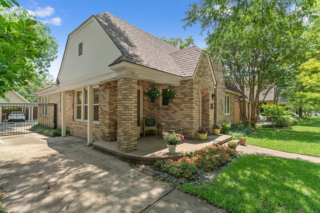 Active Option Contract | 5238 Goodwin  Avenue Dallas, TX 75206 1
