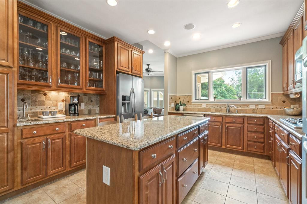 Active Option Contract | 5238 Goodwin  Avenue Dallas, TX 75206 8