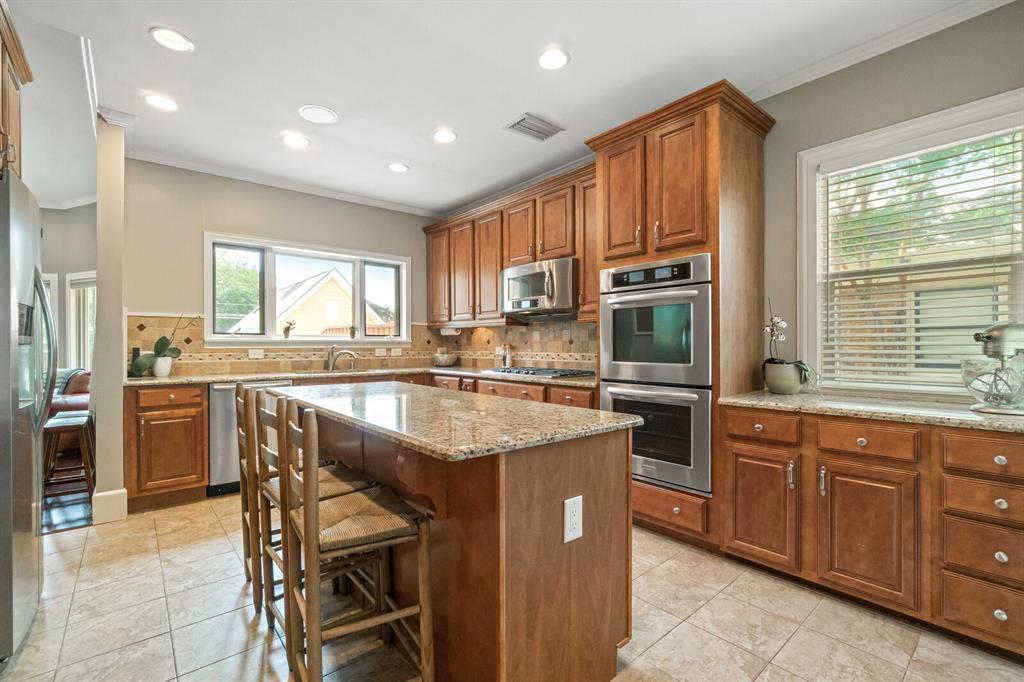 Active Option Contract | 5238 Goodwin  Avenue Dallas, TX 75206 9