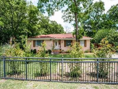 Sold Property | 2441 Highland Road Dallas, Texas 75228 4