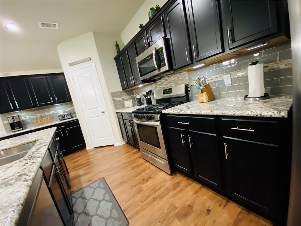Active   23811 Pinebrook Thicket  Lane Spring, TX 77389 23