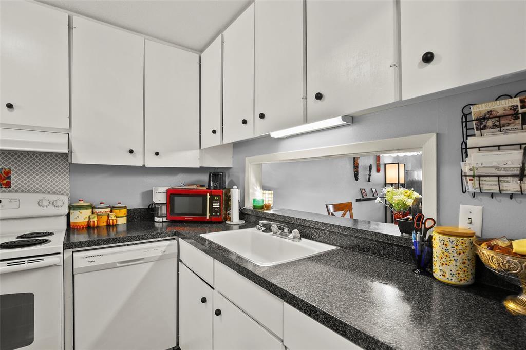 Sold Property | 954 S Weatherred  Drive Richardson, TX 75080 11