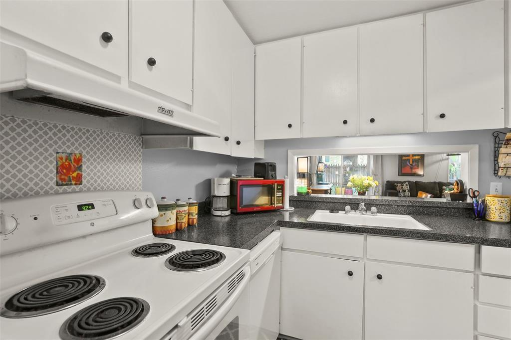 Sold Property | 954 S Weatherred  Drive Richardson, TX 75080 13