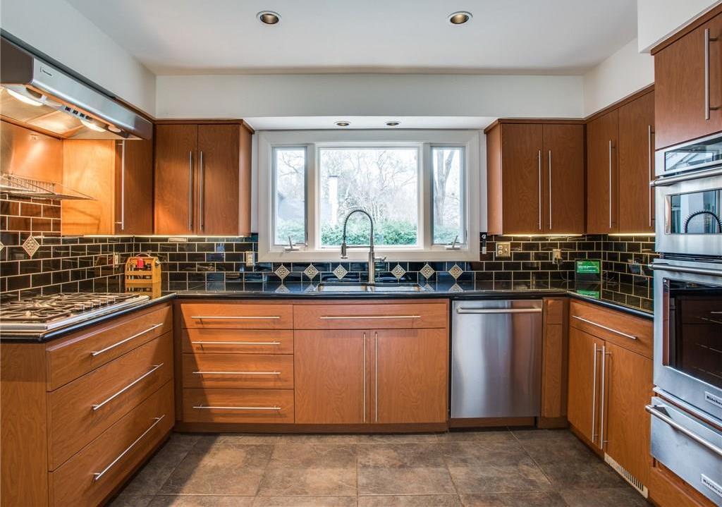 Sold Property   7008 Spring Valley Road Dallas, Texas 75254 10