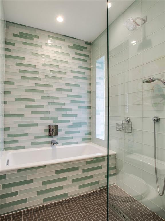 Sold Property   7008 Spring Valley Road Dallas, Texas 75254 17