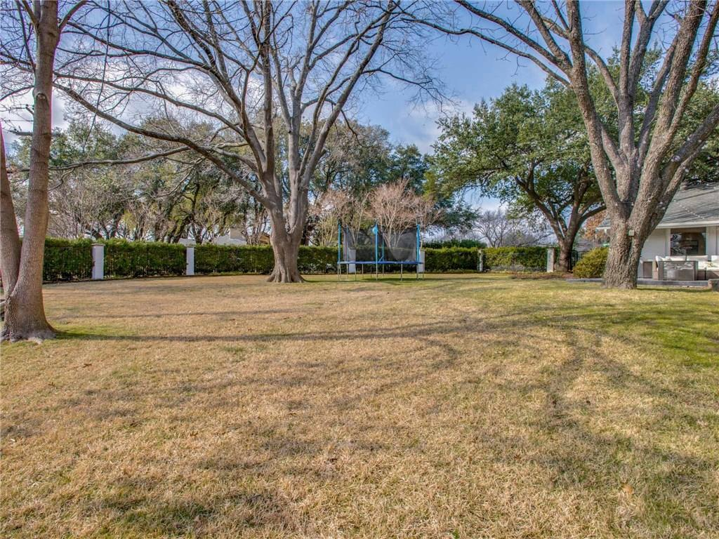 Sold Property | 7008 Spring Valley Road Dallas, Texas 75254 21