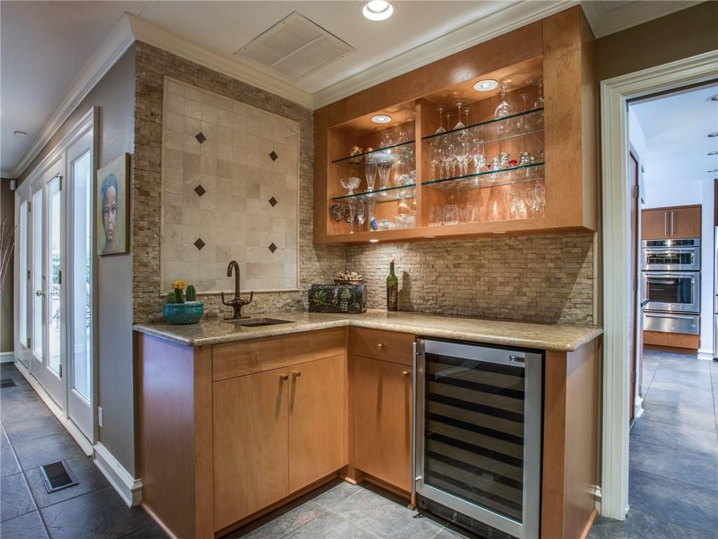 Sold Property   7008 Spring Valley Road Dallas, Texas 75254 8
