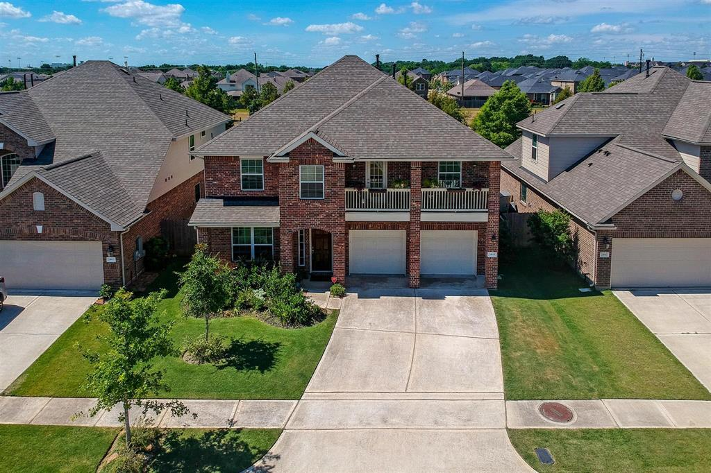 Pending Continue to Show | 24639 Lakecrest Pine  Trail Katy, TX 77493 2
