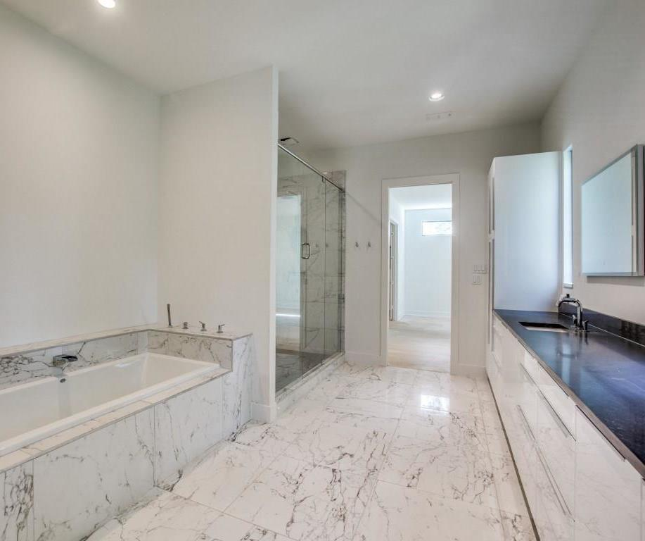 Sold Property | 7019 La Vista Drive Dallas, Texas 75214 11