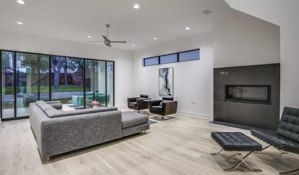 Sold Property | 7019 La Vista Drive Dallas, Texas 75214 2