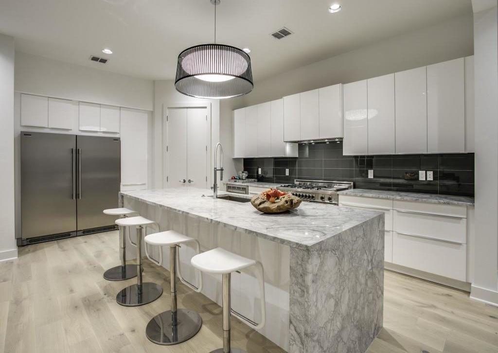 Sold Property | 7019 La Vista Drive Dallas, Texas 75214 6