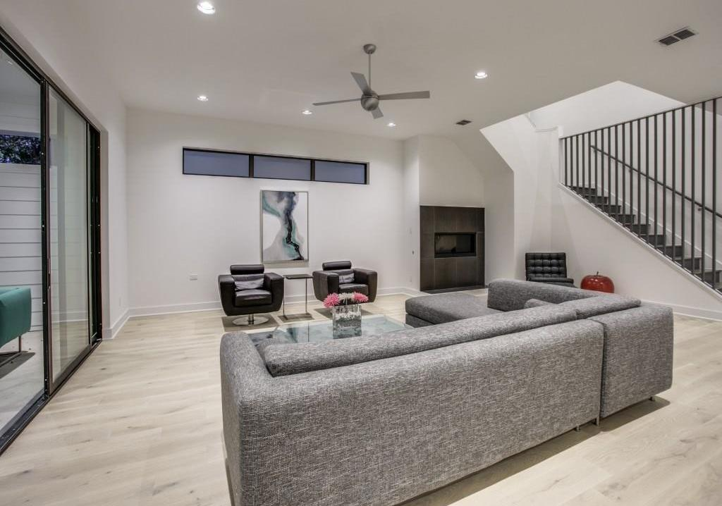 Sold Property | 7019 La Vista Drive Dallas, Texas 75214 7