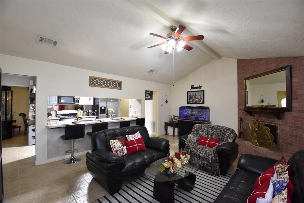 Pending | 20303 Fox Grove  Lane Humble, TX 77338 17