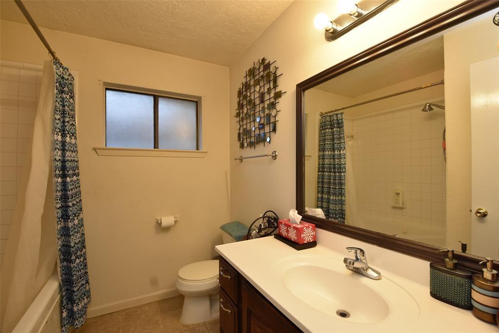 Pending | 20303 Fox Grove  Lane Humble, TX 77338 6