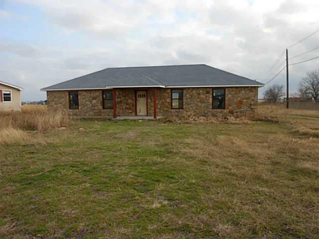 Sold Property | 1384 County Rd 394 Hutto, TX 78634 2