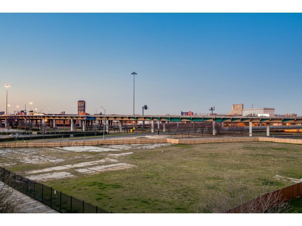 Sold Property | 2215 Canton  #113 Dallas, TX 75201 23