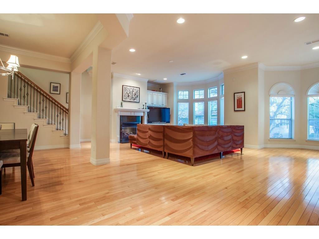 Sold Property | 2215 Canton  #113 Dallas, TX 75201 5