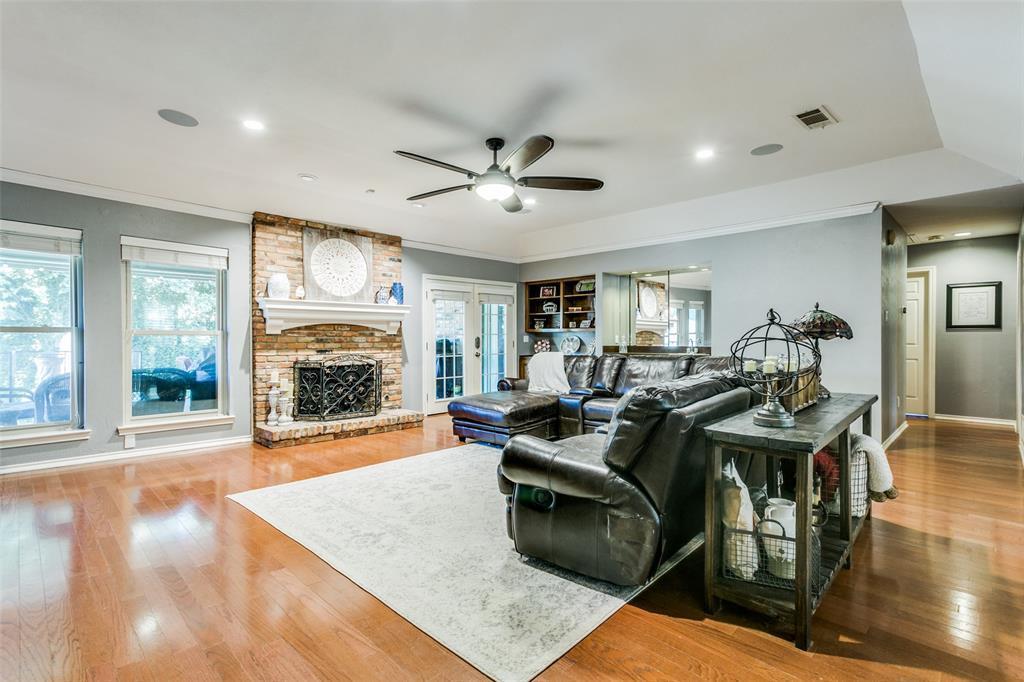 Sold Property | 3905 S Shadycreek  Drive Arlington, TX 76013 4